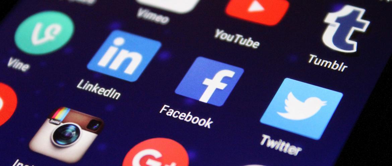 Actualizaciones en Facebook y eliminación masiva de bots y cuentas fake